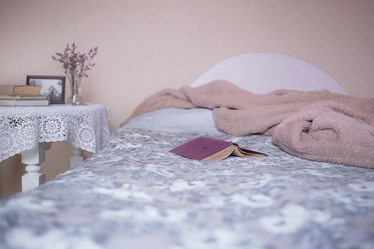 Mit Schlafen Rückenschmerzen verhindern