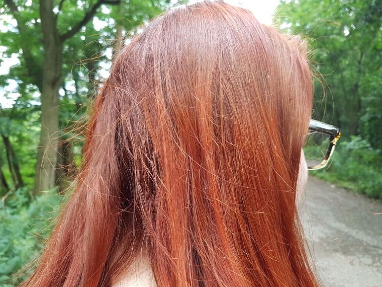 Henna Farbe Wirkung im Schatten