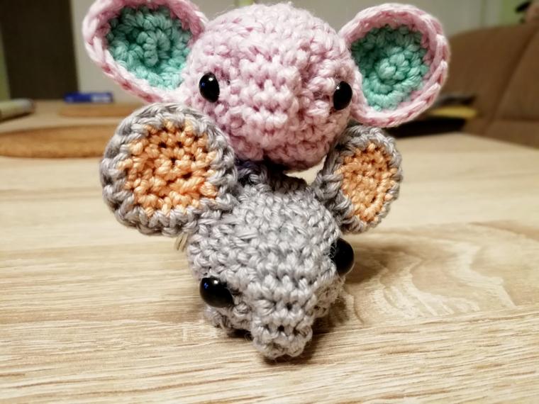 [Häkeln] Geschenkidee – Elefant als Schlüsselanhänger
