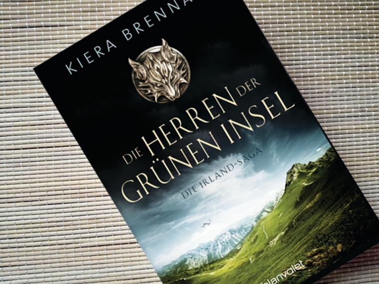 [Kurzrezension] Die Herren der Grünen Insel von Kiera Brennan