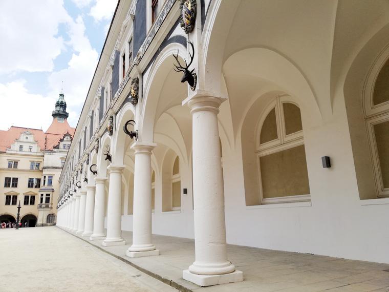 Hof in Dresden beim Fürstenzug
