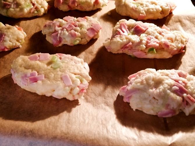 Scones backen mit Kochschinken und Käse