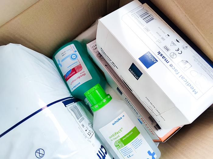 monatliche PflegeBox bei Menschen mit Pflegegrad